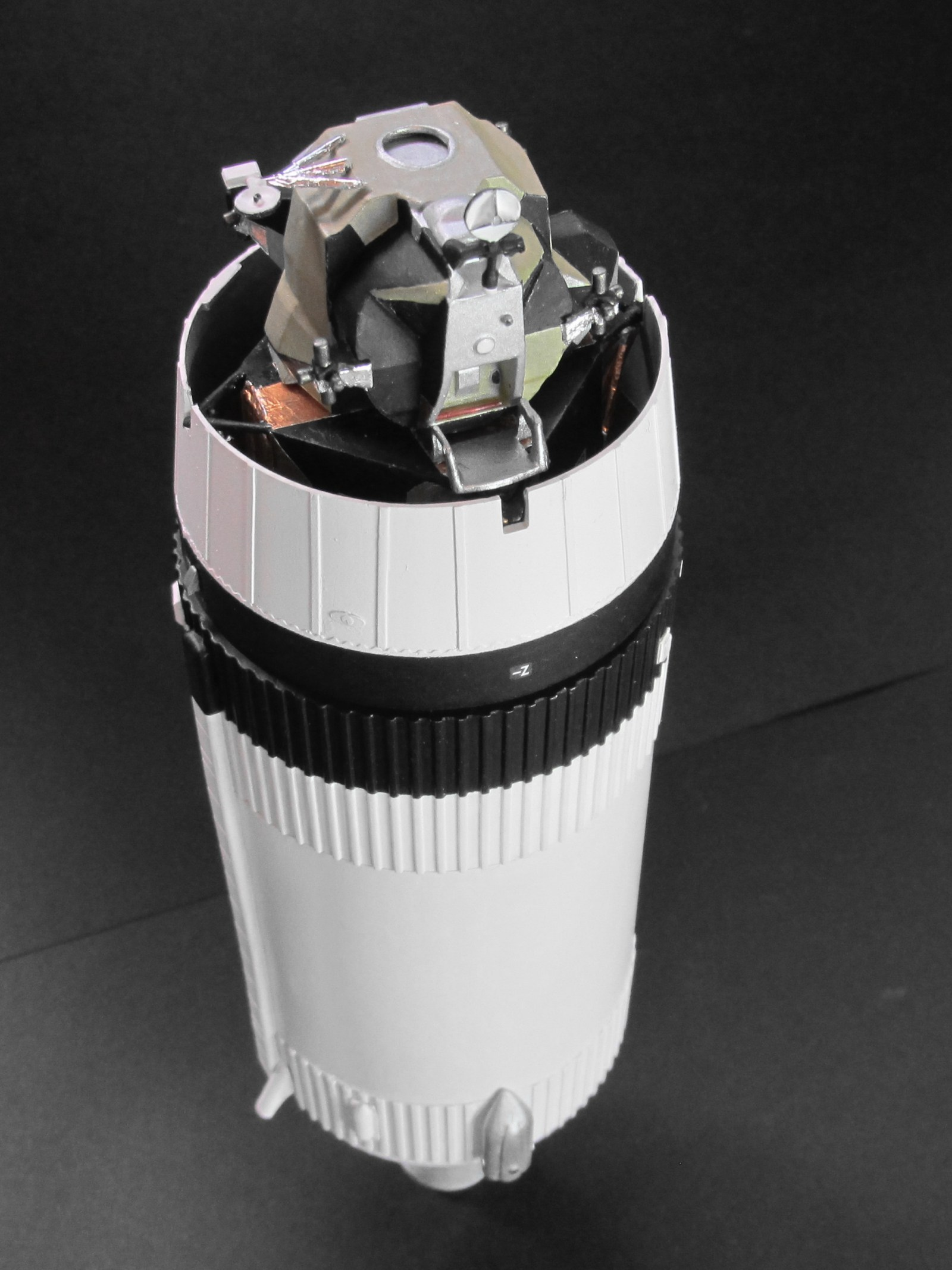 Click image for larger version.  Name:lunar module 4.jpg Views:9 Size:354.4 KB ID:24368