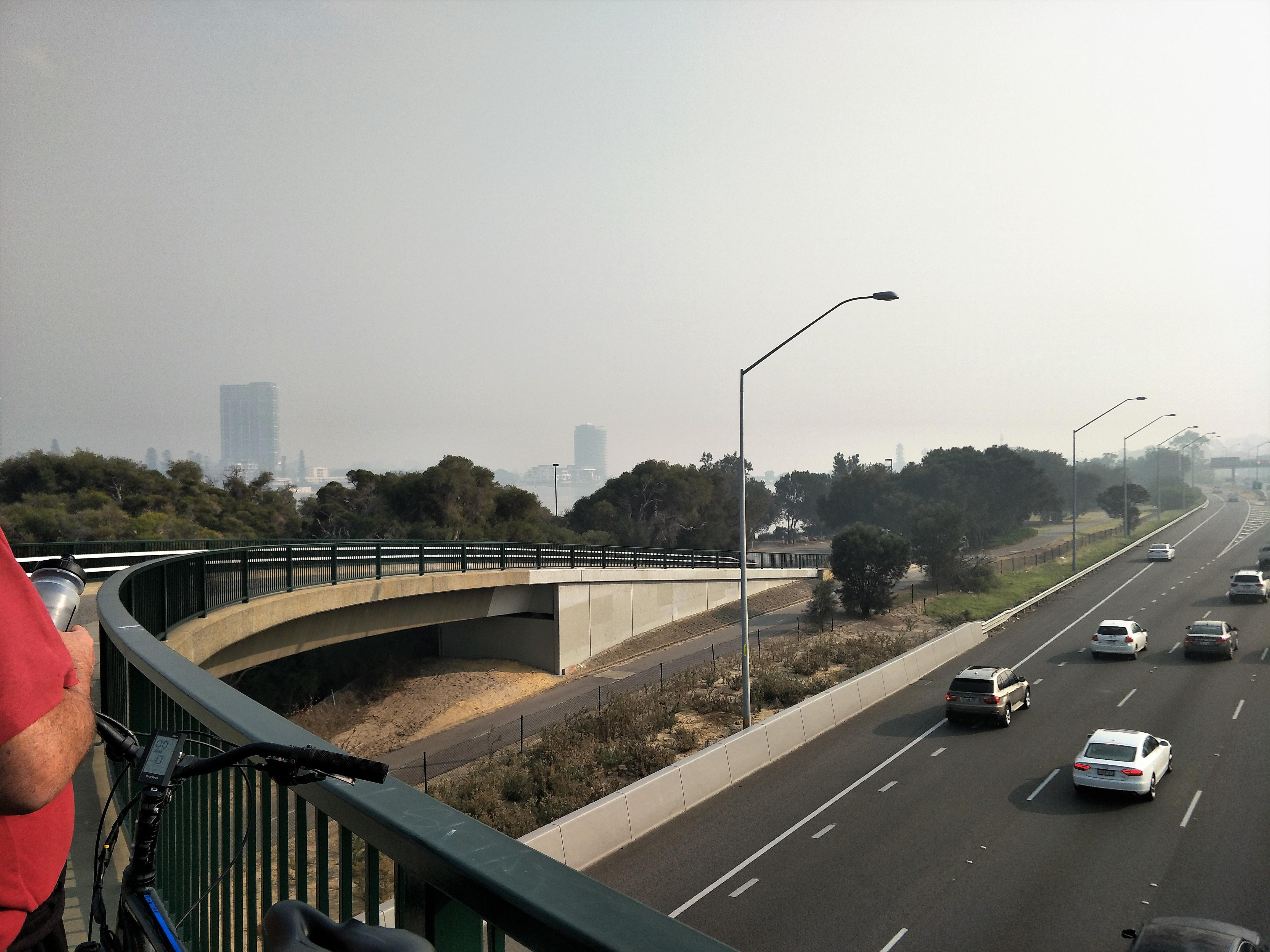 Click image for larger version.  Name:Smoke2.jpg Views:16 Size:1.42 MB ID:26119